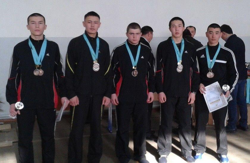Первенство Карагандинской области по лыжным гонкам и Президентскому многоборью, команда школы заняла два третьих места